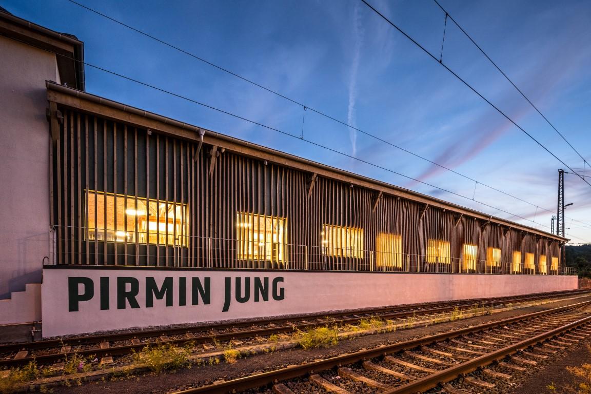 Alter Bahnhof Remagen außen